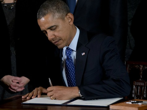 EXECUTIVE ORDER: OBAMA HIKING MINIMUM PAY FOR NEW FEDERAL CONTRACTS