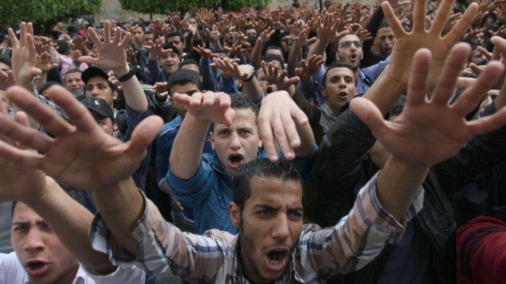 Egypt sentences 529 members of Muslim Brotherhood to death!!!