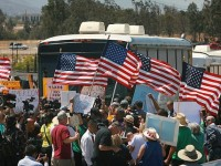 CALIFORNIA PATRIOTS SAY HELL NO TO BUSLOADS OF ILLEGAL ALIENS!