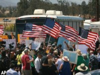 BREAKING! FEDS TO BRING IN RIOT SQUAD AGAINST ILLEGAL IMMIGRATION PROTESTERS!