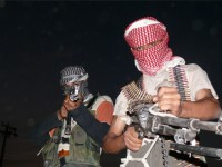 ISIS CALLS FOR RADICALIZED AMERICANS-GO TO U.S.SOLDIERS HOMES AND 'SLAUGHTER THEM!'