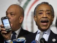 RACE-BAITING AL SHARPTON CLAIMS HE'S GETTING DEATH THREATS WHILE COPS ARE GETTING MURDERED!