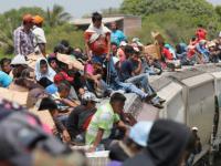Obama's illegal aliens INVADING the U.S.