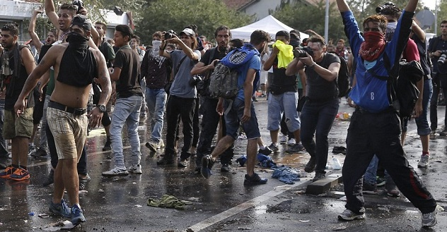 """MUSLIM """"Refugees"""" Throw Rocks And Shout Allahu Akbar At Border… What Police Do Next Has Liberals Outraged"""
