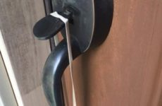 ALERT: If You Spot A Rubber Band On Your Front Door Handle, Here's What You NEED To Know…