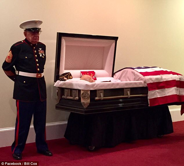 Mourning Funeralgoers SPEECHLESS At What They Saw RIGHT NEXT To Marine Vet's Casket